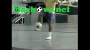 Ronaldinho soccer tricks