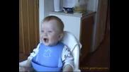 Смеещо Се Бебе