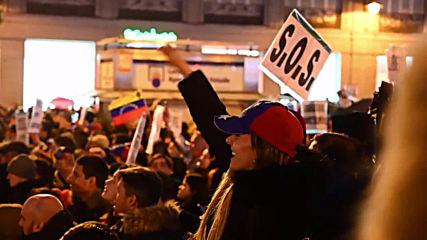 España: Juan Guaidó encabeza mitin con miles de venezolanos en la Puerta del Sol de Madrid