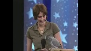 Говорещ Папагал Имитира Животни (смях)