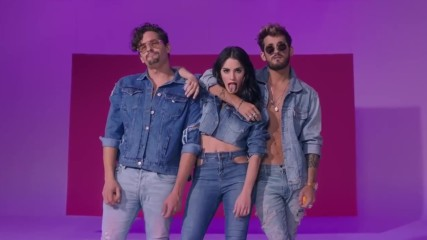 Lali - Mau y Ricky - Sin Querer Queriendo - Official Video + Превод