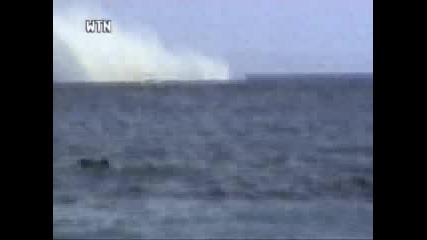 Самолет Се Разбива В Океана