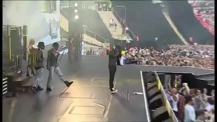 Usher Omg Live at Summertime Ball ft will.i.am and Justin Bieber