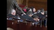 Втори ден депутатите обсъждат бюджета