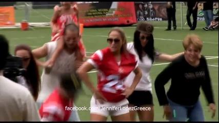 Джей Ло танцува Gangnam Style на футболен мач в Пуерто Рико