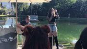 Hailee Steinfeld Covers Ed Sheerans Shape Of You at Coachella 2017 Live
