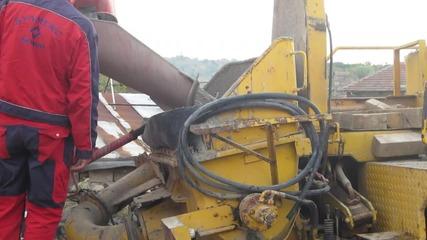 Работа и действие на бетон помпа.