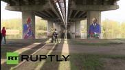 Естония: Графити с образа на Путин се появяват под 'Моста на приятелството' на годишния арт фестивал