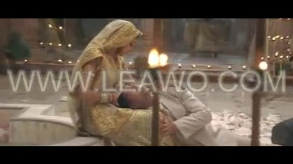 Dailymotion - Ab Tumhare Hawale Watan Sathiyo - Mujhe Pyaar Do - une video Music.mp4