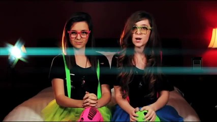 Megan and Liz - love You Like A Love Song