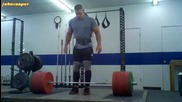 John Cena прави мъртва тяга с 290kg - без фитили