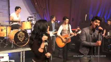 Demi Lovato & Jonas Brothers - Interview (2010 Walmart Soundcheck)