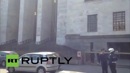 Italy: FIRST IMAGES after defendant shoots and kills witness against him in court