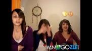 Момиченца гледат порно ~ Смях ! ;д