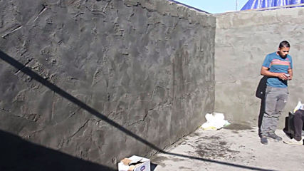 Iraq: Protest camp returns in solid brick form in Nasiriyah