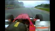Убийствена реакция от пилот в състезание !!