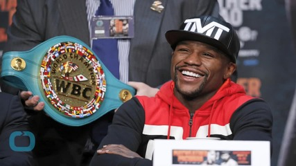Mike Tyson Calls Mayweather Scared, Small Man