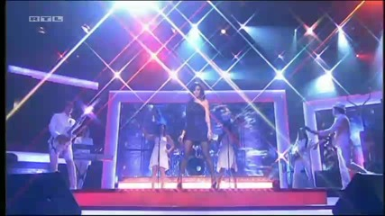 Willkommen bei Mario Barth - Katy Perry performt Fireworks