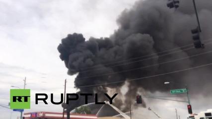 """САЩ: Множество експлозии от """"опасни материали"""" разлюляха Финикс"""