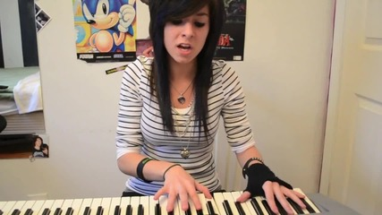 Christina Singing E.t. by Katy Perry