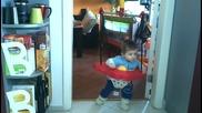Бебешко бънджи - най-якото изобретение ever! | Цена 4baby.bg