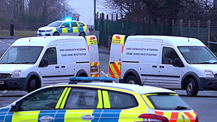 UK: Bomb squad on scene after 'suspicious pkg' forces evacuation of Wrexham COVID vaccine plant