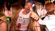 Пияни РУСКИНИ втрещиха Дани Петканов със СТРАСТНИ целувки