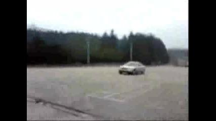 Audi A4 Пали Гуми