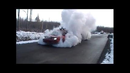 Ето така се пилят гуми ! Best Burnout