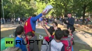 Germany: Hundreds of asylum seekers gather outside Berlin's LaGeSo offices