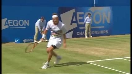 Тенисист рита съдията на линията