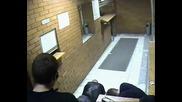 Руска Охрана в Дискотеката в Москва