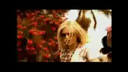 Avril Lavigne Lil Mama - Girlfriend Official Video