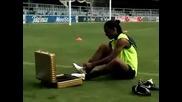 Ronaldinho със златни бутонки