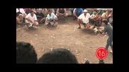 Бой на петли в Индонезия