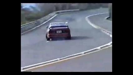 Олдскуул дрифтинг със Mazda Rx7 Fc