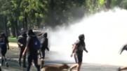 Сблъсъци между протестиращи и полиция в Чили