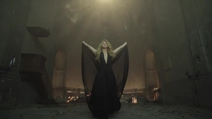 Shakira- Empire