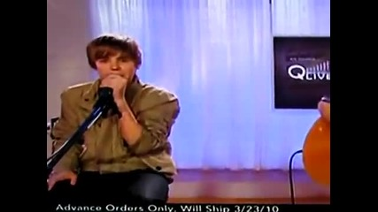 Justin Bieber messes up on the rap in Baby