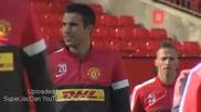 Футболистите на Манчестър Юнайтед строени за обща снимка на отбора.