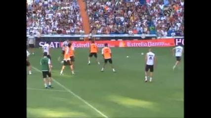 Лудост: 57 хиляди на тренировката на Реал Мадрид
