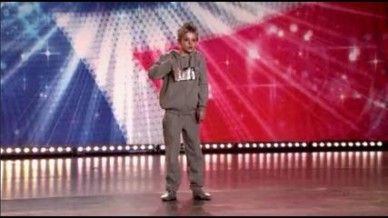 10 годишно момче смая със своя танц!