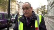 UK: 'Totally Failing London!' Cabbies block London traffic in anti-TFL/Uber demo