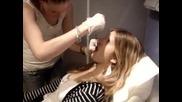 Пиърсинг в студио по козметика.
