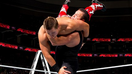 The Miz vs. Jerry Lawler – WWE Title TLC Match: Raw, Nov. 29, 2010 (Full Match)