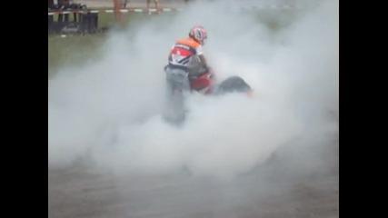 Плевен на скорост /картинг Писта/ - Suzuki си пали гумата