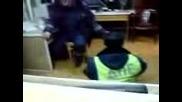 Прецакан полицай