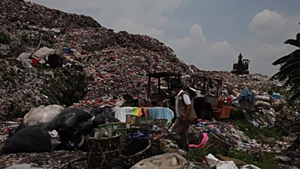 Indonesia: Excessive medical waste mounts in Jakarta outskirts amid pandemic
