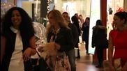 Сара Джесика Паркър заснета в столичен търговски център?