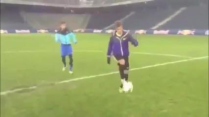 15-годишен от Милан засенчи с техниката си Неймар